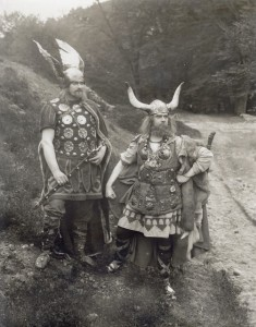 """Darsteller im Stummfilm """"Die Hermannsschlacht"""" von 1922 (Foto: Süddeutsche Zeitung Photo)"""